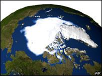 Модель, показывающая уменьшение площади льдов в Арктике