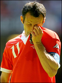 Ryan Giggs produced a fine end to his Wales career