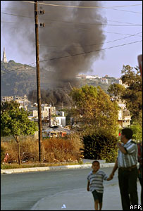 Smoke billowing from Ain al-Hilweh camp