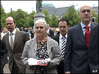 "'Mother of Srebrenica"" Maunira Subasic with lawyers at the Hague - 4/6/2007"