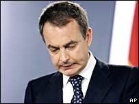 José Luis Rodríguez Zapatero, presidente del gobierno español, durante su alocución en Madrid
