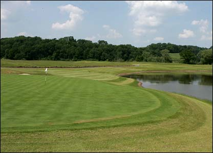 Hole 3, 189 yards, Par 3 the Ryder Cup Course at Celtic Manor (photo: sportingwales.com)