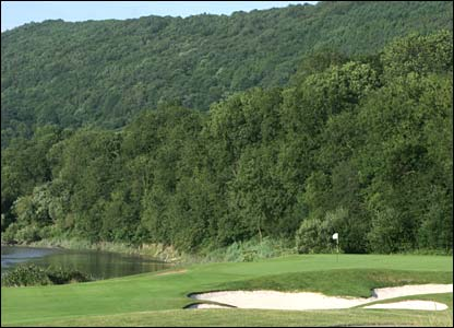 Hole 9, 666, Par 5 the Ryder Cup Course at Celtic Manor (photo: sportingwales.com)