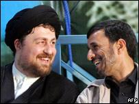 Hassan Jomeini y Mahmoud Ahmadinejad