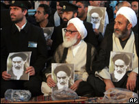 Clérigos iraníes recuerdan al ayatolá Rujola Jomeini