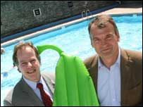 Leisure officer Ian Munday  and Brothers Drinks co-founder Jonathan Showering (R) at the Shepton Mallet lido