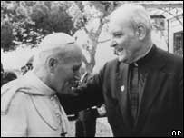 Marcinkus and late Pope