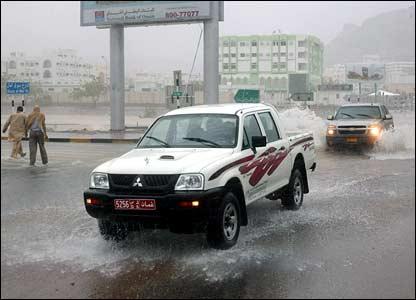 Four-wheel drive cars battling the cyclone