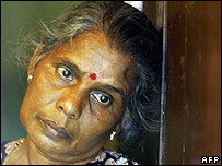 Evicted Sri Lankan woman