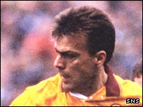 Luc Nijholt in action for Motherwell