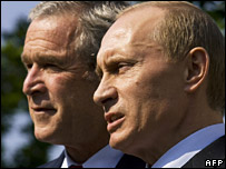 George Bush (left) and Vladimir Putin
