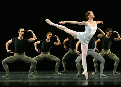 Darcey Bussell in Song of the Earth - Credit: Dee Conway