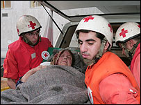 Evacuation of wounded civilians in Tyre, Lebanon, Aug 06 (pic: ICRC)
