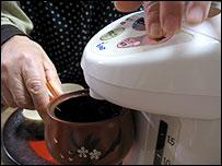Utako Ohoe's special kettle