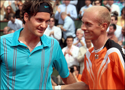 Roger Federer and Nikolay Davydenko