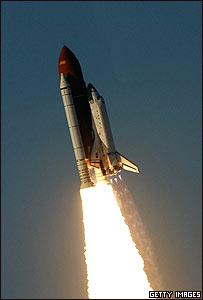 Lanzamiento del trasbordador Atlantis