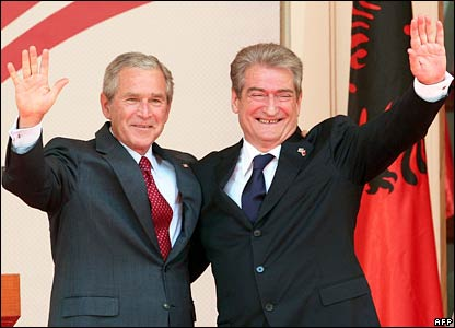 US President George W Bush (left) and Albanian Prime Minister Sali Berisha