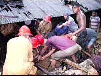 Rescuers in Chittagong (photo from Focus Bangla)