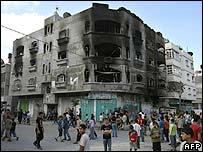 La casa de un militante en la ciudad de Gaza, destruida por un ataque.
