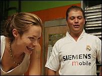 James y Angelina Jolie