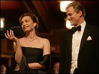 Kristin Scott Thomas with Woody Harrelson in The Walker