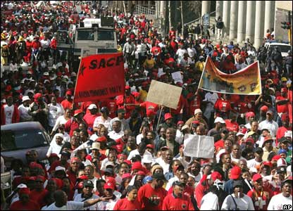 Hundreds of public sector protesters in Johannesburg, South Africa