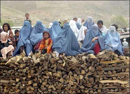 Women watching buzkashi