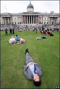 Man relaxing in Trafalgar Square (Image PA)