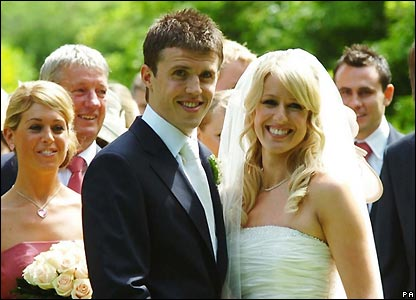 Manchester United midfielder Michael Carrick married Lisa Roughead near Melton Mowbray.
