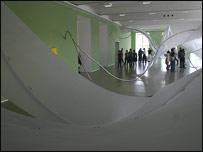 Instalaci�n de Iole de Freitas