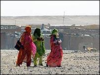 Sahrawi women (Image: Steve Franck)