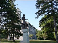 The statue of King Alfred at Alfred University, NY.