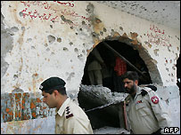Pakistani soldiers at battle-damaged Red Mosque - 12/07/2007