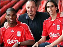 Ryan Babel, Rafael Benitez and Yossi Benayoun