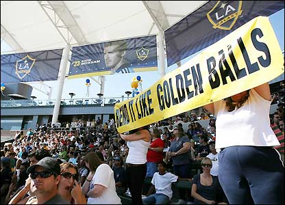Galaxy fans fill the Home Depot Center