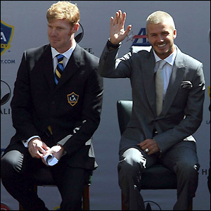 Lalas and Beckham take their places on stage