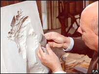 Arnold Machin taking a clay impression