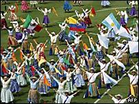 Bailarines en la ceremonia de clausura de la Copa Am�rica 2007