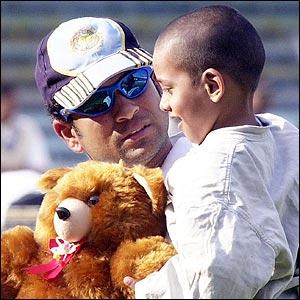 Ferb 2002, Bombay