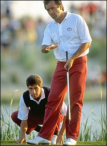 Seve consults with Ryder Cup partner Jose Maria Olazabal in 1991