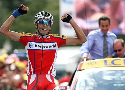 Juan Mauricio Soler Hernandez wins stage nine