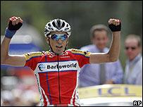 Juan Mauricio Soler se consagra en el Tour.