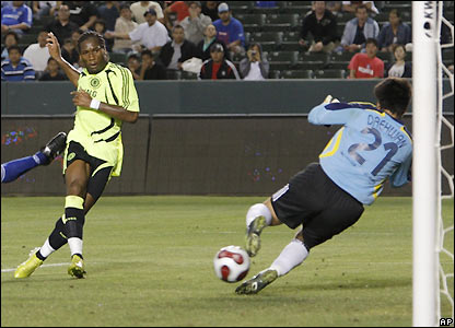 Drogba scores Chelsea's winner