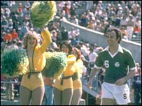 Franz Beckenbauer plays for New York Cosmos