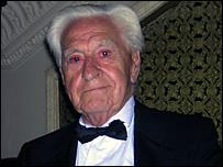 Kenneth Wilkinson