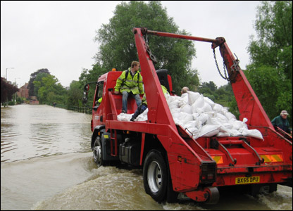 Sandbags are delivered in Tewkesbury UGC