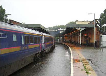 flooding at Cheltenham railway station