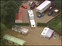 Weir Park mobile home park in Evesham during flooding