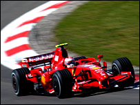Kimi Raikkonen takes pole at the Nurburgring