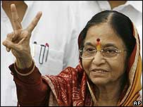Pratibha Patil celebrates victory
